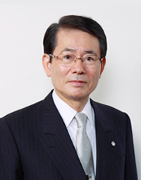 Kyushu University President Director General of Kyushu University Platform of Inter/Transdisciplinary Energy Research, Chiharu Kubo